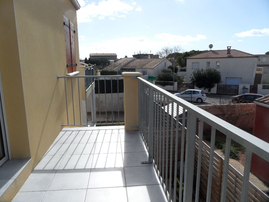 appartement-frontignan-2-piece-s-41-63-m2-et-parking